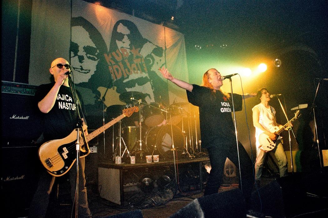 KUD Idijoti Uljanik 1999. foto Goran Sebelic