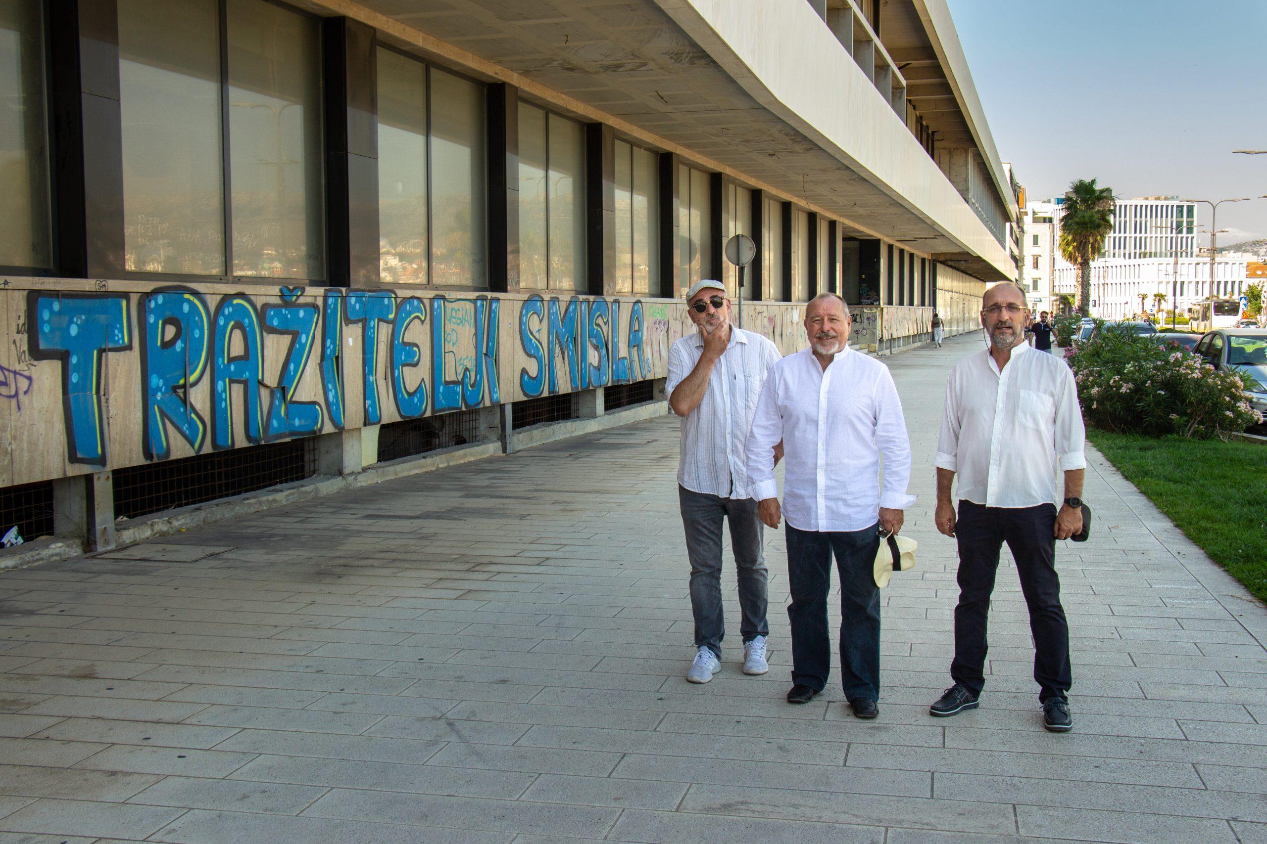 "Trio Gušt tužno doba obilježili nostalgičnom ljubavnom pjesmom ""Tebe san tija"""